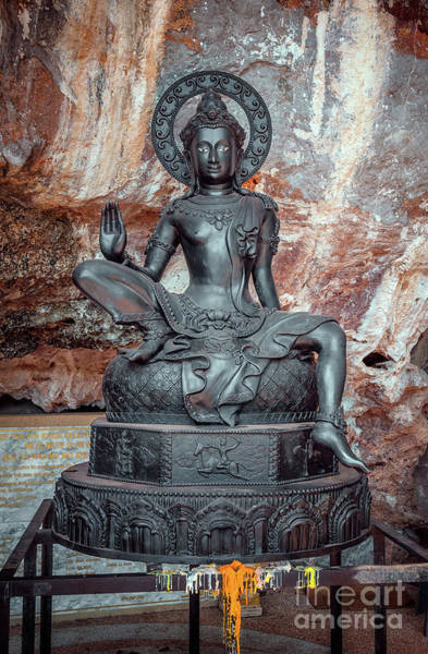 Photograph - Cave Statue by Adrian Evans