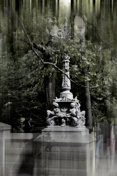 Photograph - Central Park Entrance by Paulette B Wright