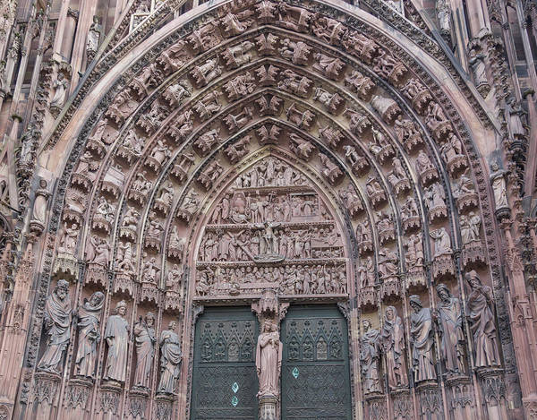 River Ill Wall Art - Photograph - Central Portal Of The Cathedral by Teresa Mucha