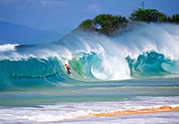 Bodyboard Photograph - Charge Large by Micah Roemmling