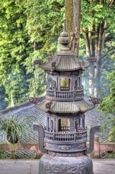 Photograph - Chendu China Temple by Bill Hamilton