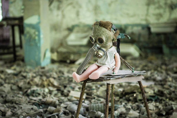 Gasmask Photograph - Chernobyl Doll by Erwin Zwaan