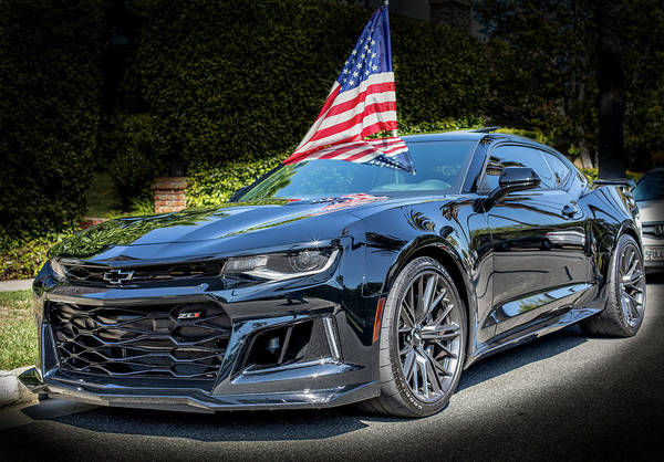 Photograph - Chevy Camaro Zl1 2017 by Gene Parks