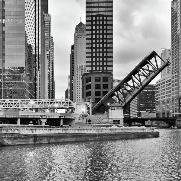 Photograph - Chicago 9 by Mikael Sandblom