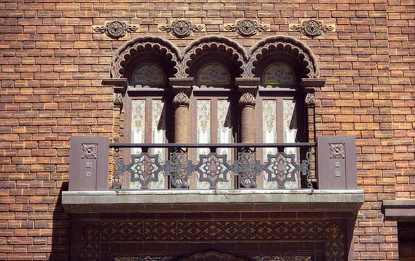 Photograph - Chicago Arch Windows by Frank Romeo