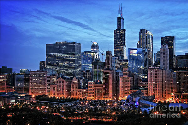 Skyscraper Wall Art - Photograph - Chicago At Night by Bruno Passigatti