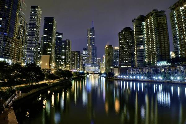 River Ill Wall Art - Photograph - Chicago Night Lights by Frozen in Time Fine Art Photography
