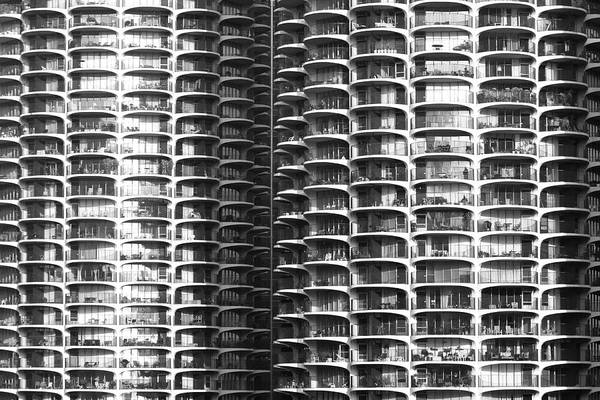Photograph - Chicago Residential Towers by Polly Castor