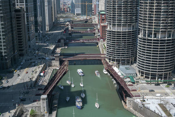 Wall Art - Photograph - Chicago River Bridgelift by Steve Gadomski
