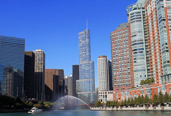 Photograph - Chicago River by Milena Ilieva