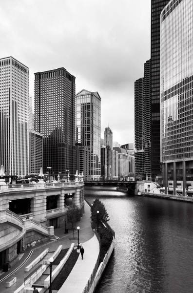 Wabash Avenue Wall Art - Photograph - Chicago Riverview by Peter Chilelli