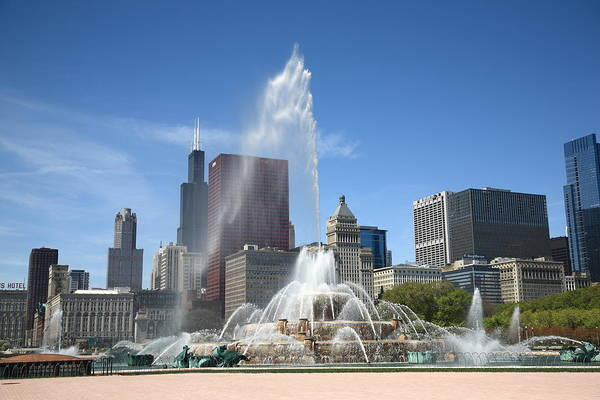 Photograph - Chicago Skyline And Buckingham Fountain by Frank Romeo