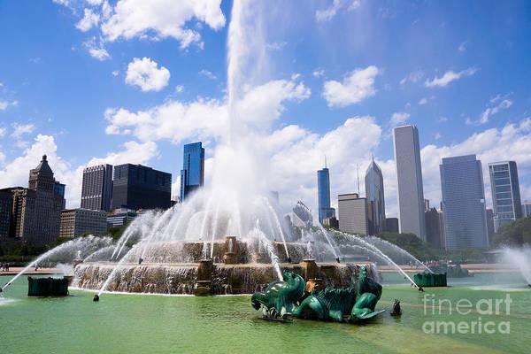 Seahorse Photograph - Chicago Skyline With Buckingham Fountain by Paul Velgos