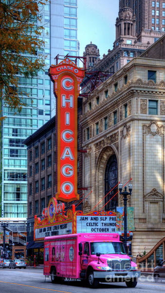 Photograph - Chicago Theater by Wayne Moran