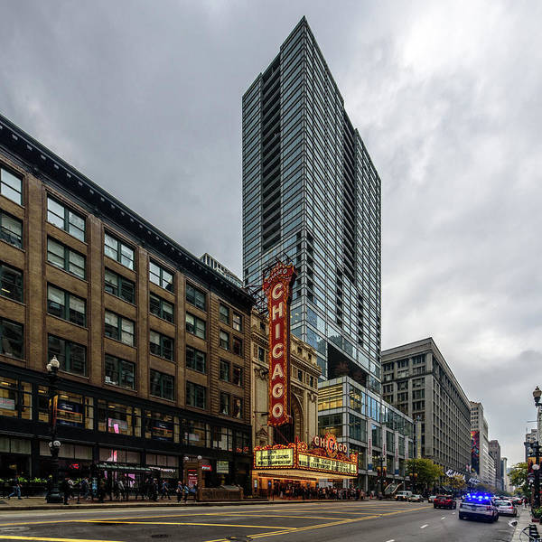 Photograph - Chicago Theatre by Randy Scherkenbach