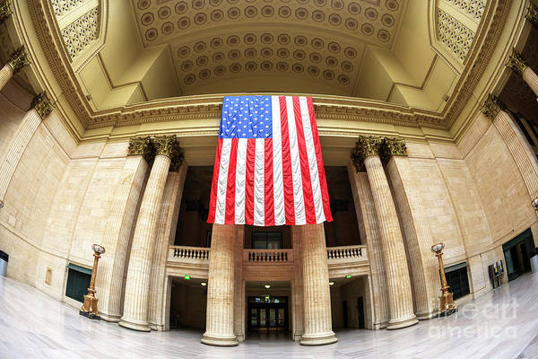 Wall Art - Photograph - Chicago Union Station Liberty by John Rizzuto