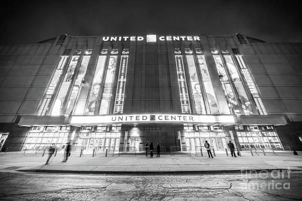 Wall Art - Photograph - Chicago United Center Black And White Photo by Paul Velgos