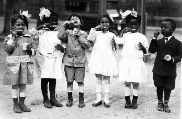 Photograph - Children Brushing Teeth by Science Source