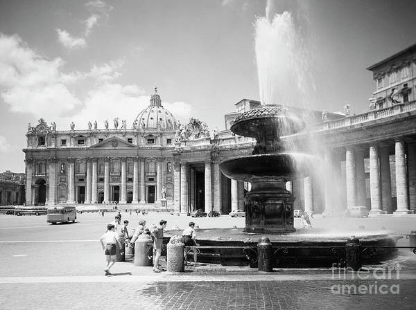 Wall Art - Photograph - Children Playing In The Fountain At Vatican City, Rome, 1955 by The Harrington Collection