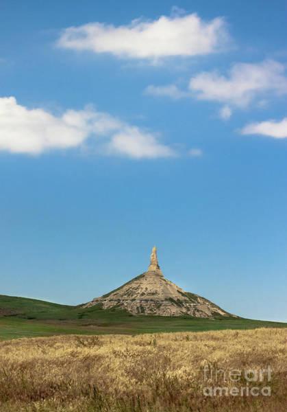 Nebraska Landscape Photograph - Chimney Rock Nebraska by Robert Frederick