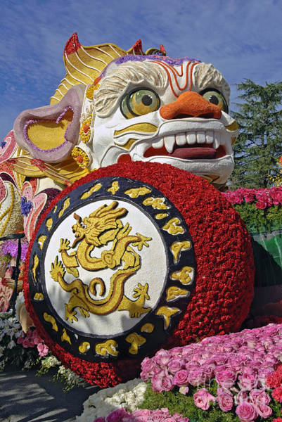Tournament Of Roses Photograph - China Airlines Parade Float by David Zanzinger