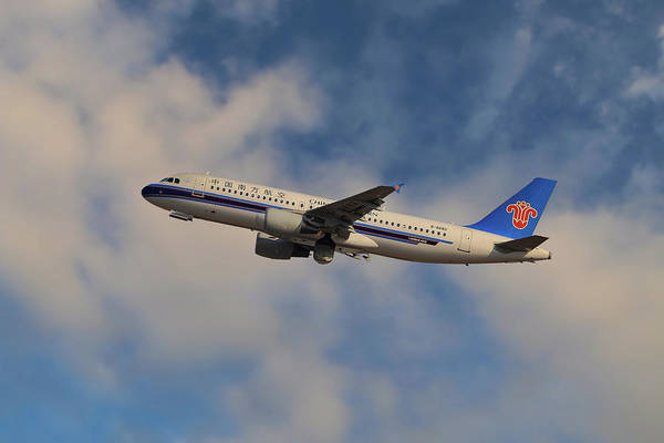 Airline Photograph - China Southern Airlines Airbus A320-214 by Smart Aviation
