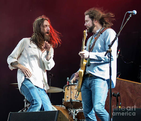 Black Crowes Wall Art - Photograph - Chris Robinson And Rich Robinson With The Black Crowes by David Oppenheimer