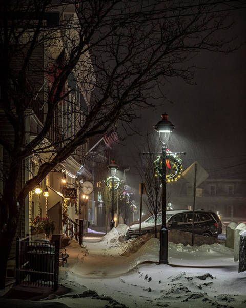 Photograph - Christmas Lamppost by Rod Best