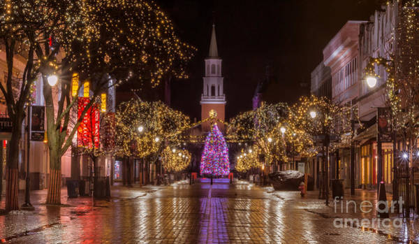 Photograph - Christmas Time On Church Street. by New England Photography