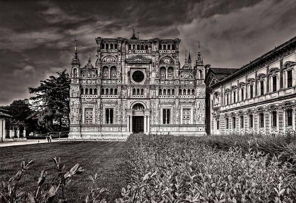 Photograph - Church Facade In B And W by Roberto Pagani