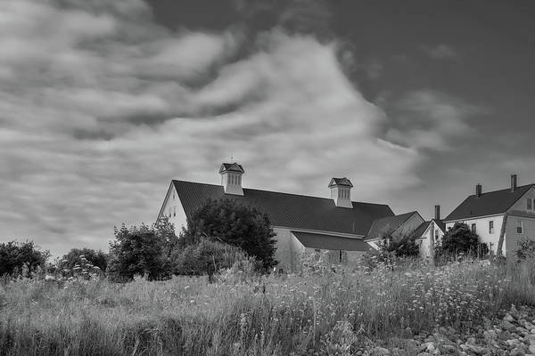 Photograph - Church Hill Road Barn by Guy Whiteley