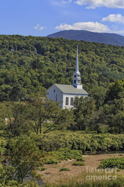 Smugglers Notch Photograph - Church In Stowe Vermont by Edward Fielding