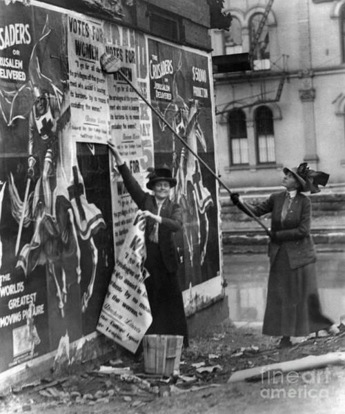 Photograph - Cincinnati: Suffragettes by Granger