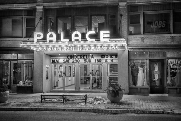 Photograph - Cinderella At The Palace by Guy Whiteley
