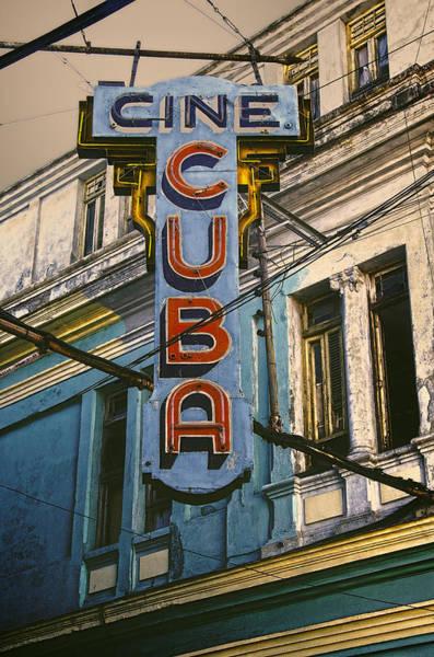 Cuba Photograph - Cine Cuba by Claude LeTien