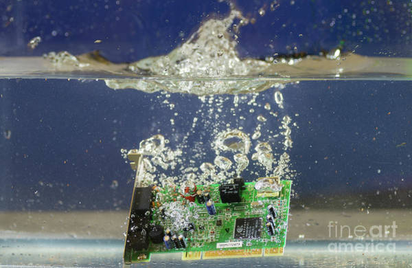 Photograph - Circuit Board Submerged In Water by Les Palenik