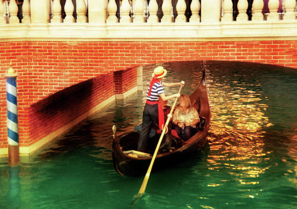 Photograph - City - Vegas - Venetian - That's Amore by Mike Savad