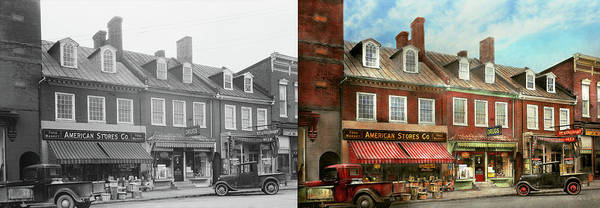 Wall Art - Photograph - City - Easton Md - A Slice Of American Life 1936 - Side By Side by Mike Savad