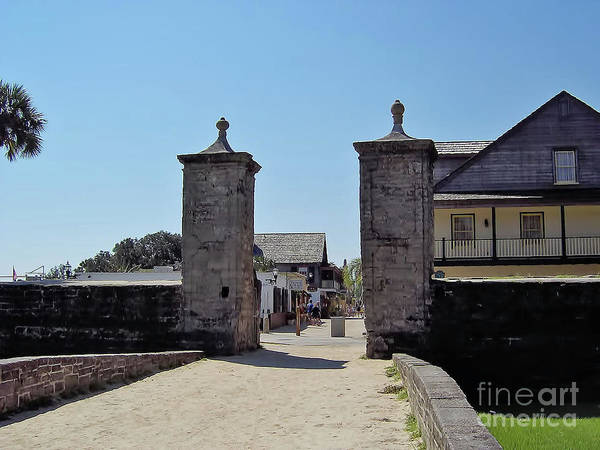 Pedro Menendez Photograph - City Gate Of St Augustine by D Hackett