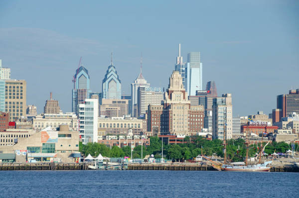Photograph - Cityscape - Philadelphia From Camden by Bill Cannon
