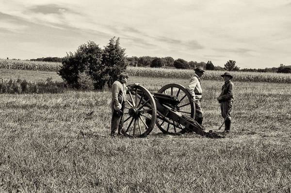 Photograph - Civil War Soldiers - Gettysburg by Bill Cannon