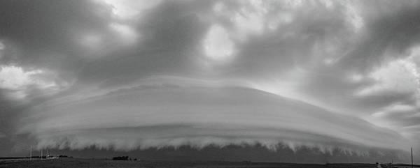 Photograph - Classic Nebraska Shelf Cloud 011 by NebraskaSC