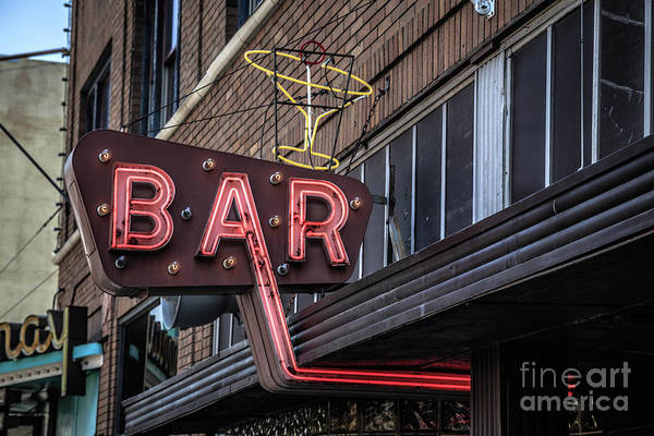 Vintage Neon Sign Photograph - Classic Neon Sign For A Bar Livingston Montana by Edward Fielding