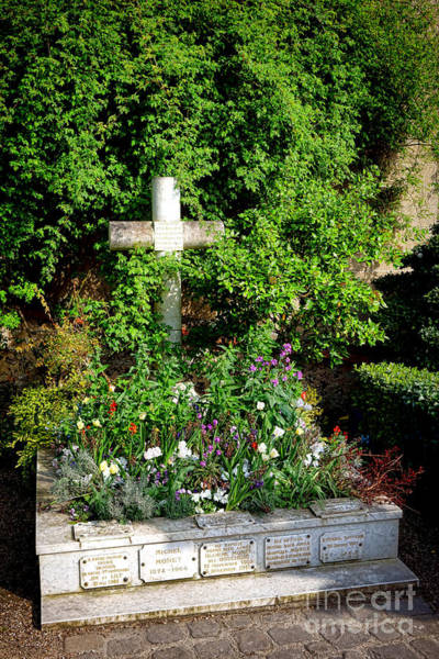 Wall Art - Photograph - Claude Monet Grave In Giverny by Olivier Le Queinec