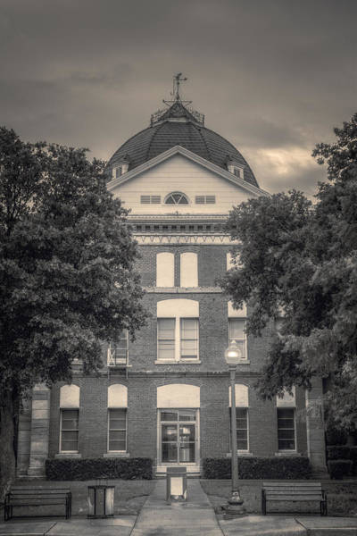 Photograph - Clay County Courthouse Bw by Joan Carroll