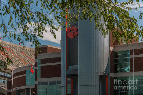 Photograph - Clemson Oculus by Dale Powell