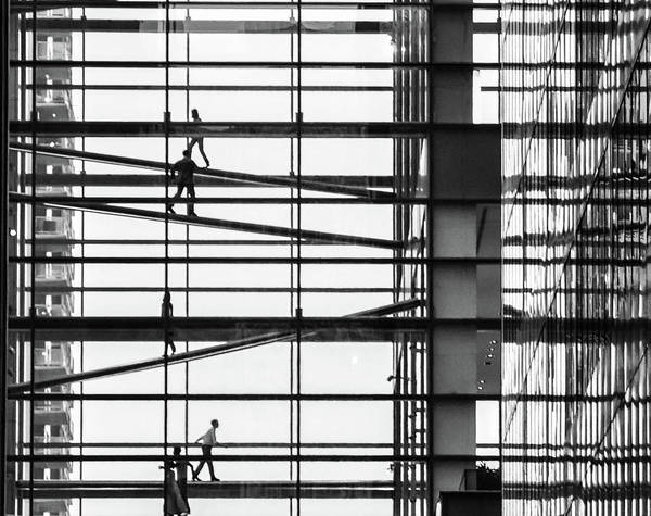 Photograph - Climbing The Corporate Ladder - Comcast Center In Black And Whit by Bill Cannon