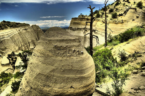 Land Of Enchantment Photograph - Climbing The Tent Rocks by Jeff Swan