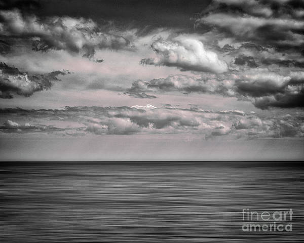 Photograph - Close Horizon by Edmund Nagele