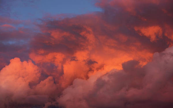Photograph - Clouds With Color 1 by David Lunde